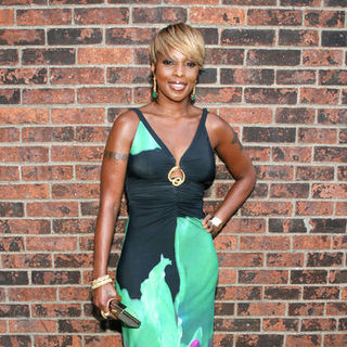 Mary J. Blige in 37th Annual FIFI Awards - Arrivals
