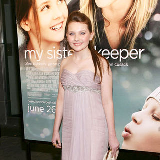 "Abigail Breslin in ""My Sister's Keeper"" New York City Premiere - Arrivals"