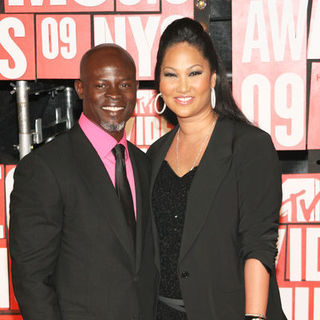 Djimon Hounsou, Kimora Lee Simmons in 2009 MTV Video Music Awards - Arrivals