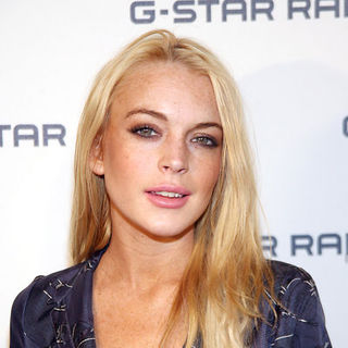 Lindsay Lohan - Mercedes-Benz Fashion Week Spring/Summer 2010 - G-Star Raw NY Raw Collection - Arrivals