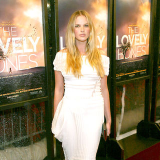 "Anne Vyalitsyna in ""The Lovely Bones"" New York Premiere - Arrivals"
