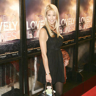 "Beth Stern in ""The Lovely Bones"" New York Premiere - Arrivals"