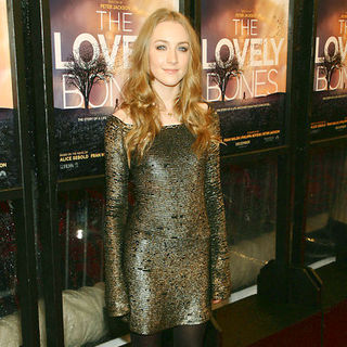 "Saoirse Ronan in ""The Lovely Bones"" New York Premiere - Arrivals"
