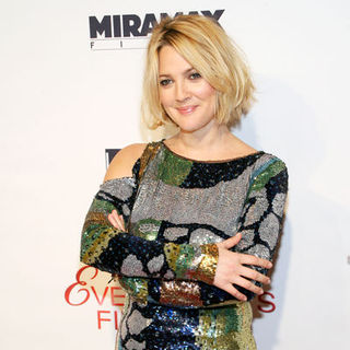 "Drew Barrymore in ""Everybody's Fine"" New York Premiere - Arrivals"