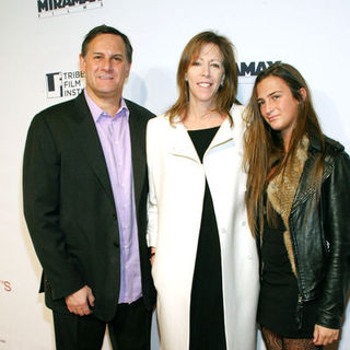 "Craig Hatkoff, Jane Rosenthal, Juliana Hatkoff in ""Everybody's Fine"" New York Premiere - Arrivals"