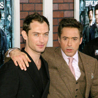 "Robert Downey Jr., Jude Law in ""Sherlock Holmes"" New York Premiere - Arrivals"