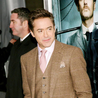 "Robert Downey Jr. in ""Sherlock Holmes"" New York Premiere - Arrivals"