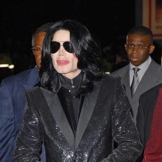 Michael Jackson in 2006 World Music Awards - Arrivals