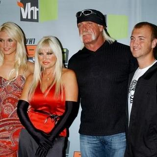 Hulk Hogan, Linda Hogan, Brooke Hogan, Nick Hogan in VH1 Big in '06 Awards