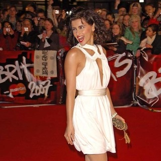Nelly Furtado - Nelly Furtado in 2007 Brit Awards - Arrivals