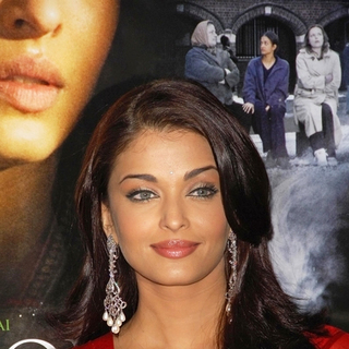 Aishwarya Rai in Provoked Movie Press Launch in the UK at the Court House Hotel