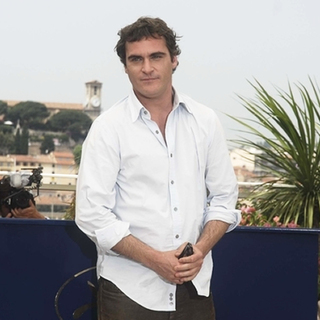 Joaquin Phoenix in 2007 Cannes Film Festival - We Own The Night - Photocall