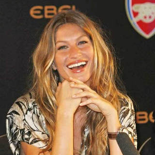 Gisele Bundchen - Arsenal Football Club and Ebel Launch Their Partnership - Photocall