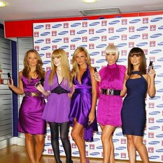 Girls Aloud - Girls Aloud Launch the New Samsung F210 Purple