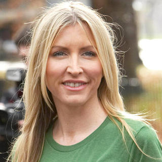 Heather Mills in Heather Mills Launches Viva!'s Environment Campaign at Speakers' Corner in London