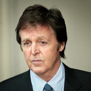 Paul McCartney - Sir Paul McCartney and Heather Mills Divorce Hearing - Day 2 - Arrivals