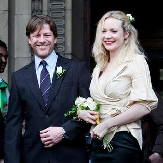 Sean Bean, Georgina Sutcliffe in Sean Bean and Wife Georgina Sutcliffe at the Marylebone Register Office in Central London