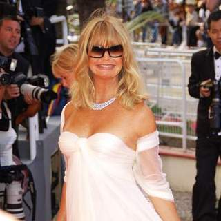 "Goldie Hawn in 2008 Cannes Film Festival - ""Indiana Jones and the Kingdom of the Crystal Skull"" Premiere - Arrival"