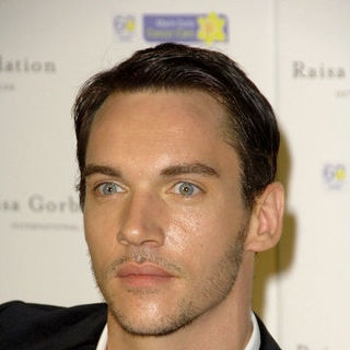 Jonathan Rhys-Meyers in 3rd Annual Raisa Gorbachev Foundation Gala Dinner Party - Arrivals
