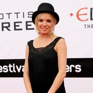 "Sienna Miller in 62nd Annual Edinburgh International Film Festival - ""The Edge of Love"" Premiere - Arrivals - SPX-022970"