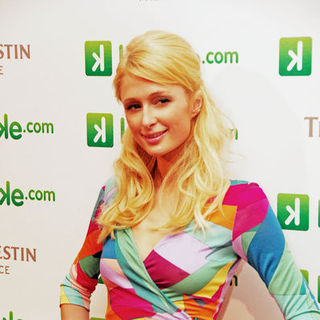 Paris Hilton - Paris Hilton Launches Keteke.com at the Westin Palace Hotel in Madrid on December 9, 2008