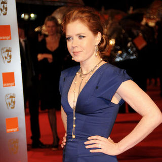 Amy Adams in 2009 Orange British Academy of Film and Television Arts (BAFTA) Awards - Arrivals