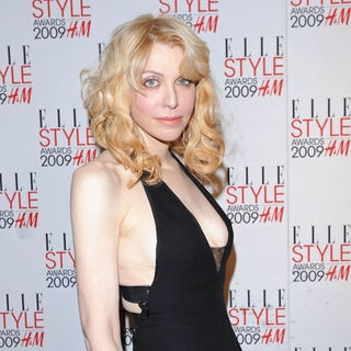 Courtney Love in 2009 Elle Style Awards - Arrivals