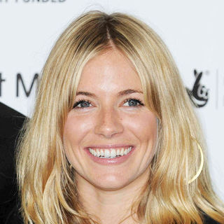 Sienna Miller in First Light Movie Awards 2009 - Arrivals