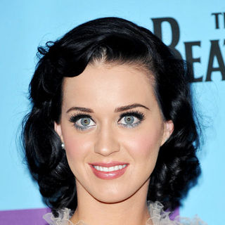 Katy Perry - MTV Europe Music Awards 2009 - Press Conference