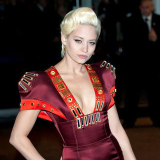 "Kimberly Wyatt, The Pussycat Dolls in ""Avatar"" World Premiere - Arrivals"