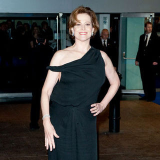 "Sigourney Weaver in ""Avatar"" World Premiere - Arrivals"