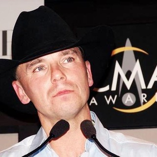 Kenny Chesney in 38th Annual Country Music Awards Press Room