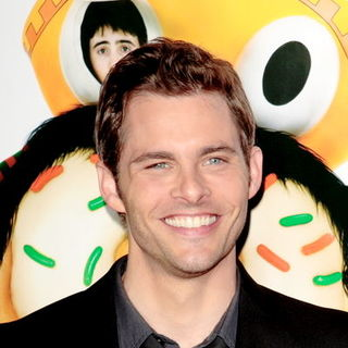 "James Marsden in ""Sex Drive"" Los Angeles Premiere - Arrivals"