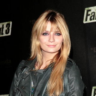 "Mischa Barton in ""Fallout 3"" Launch Party - Arrivals"