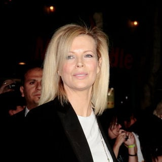"Kim Basinger in ""Twilight"" Los Angeles Premiere - Arrivals"