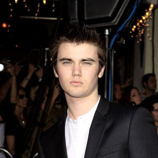 "Cameron Bright in ""The Twilight Saga's New Moon"" Los Angeles Premiere- Arrivals"