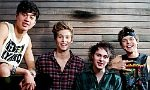 5 Seconds of Summer returns to the U.S. with debut album.