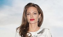Jolie Backtracks Her Comment After She's Warned to Stop Trashing Brad Pitt
