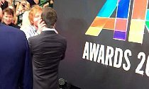 Ed Sheeran Kisses Rove McManus at ARIA Awards