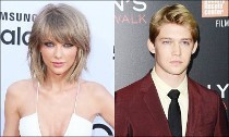 Taylor Swift's New Beau Joe Alwyn Moves to the U.S. to Be Closer to Her