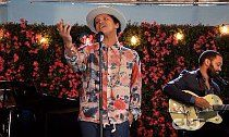 Bruno Mars Plays Unreleased Song 'Rest of My Life' on 'Jane the Virgin'