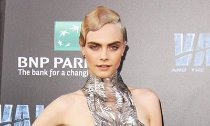 Cara Delevingne Debuts Sultry Song From 'Valerian' Soundtrack