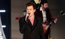 Harry Styles Performs at VS Fashion Show Alongside Three Exes