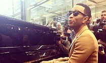 John Legend Throws Surprise Mini-Concert at London Train Station