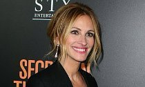 Get First Look at Julia Roberts' Character in 'Smurfs: The Lost Village'
