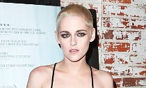 Kristen Stewart Sports Blood and Bruises on 'Underwater' Set