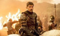 'GoT' Actor Says Cast Will Get Their Lines Through Earpieces