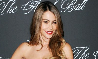 Sofia Vergara Sports Huge Diamond Ring While Vacationing in Hawaii