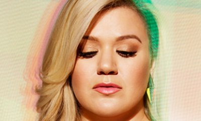 Kelly Clarkson Releases Another New Track 'Take You High'