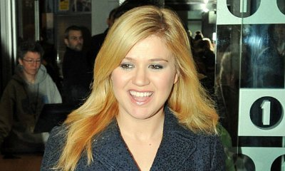 Kelly Clarkson's New Song 'Let Your Tears Fall' Released